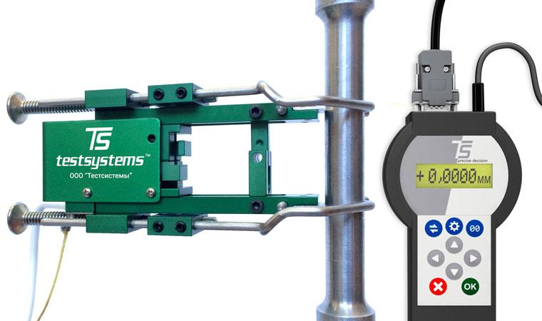 Внешний вид экстензометра ТС703-3542 с базовой длиной 25 мм