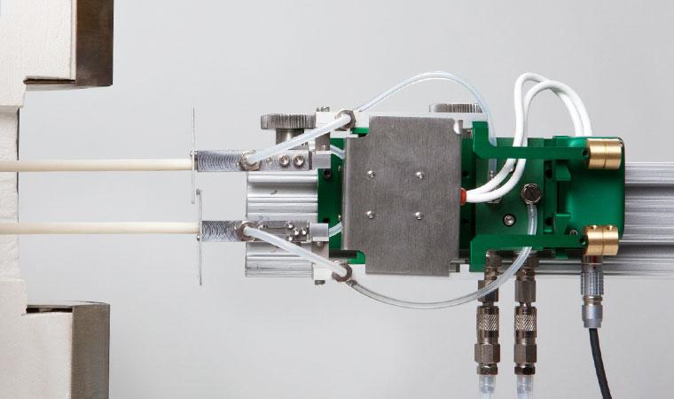 Внешний вид экстензометра для разъемных лабораторных печей ТС703-3549