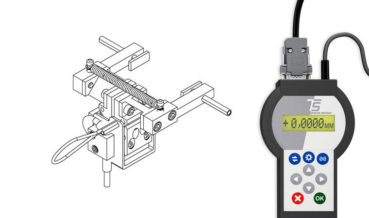 Внешний вид экстензометра ТС703-3475 для измерения поперечной деформации